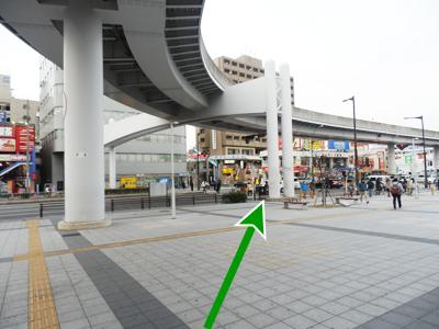 大曽根駅北側出口へ
